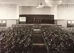 大学昇格問題の臨時学生大会/1930(S5).12.16